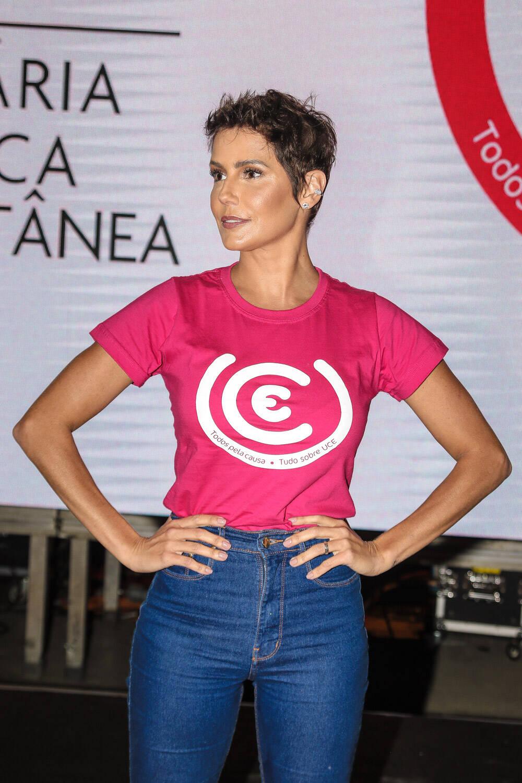 Na passarela ou nos corredores, famosos brilham São Paulo Fashion Week. Foto: Xico Silva / Agnews