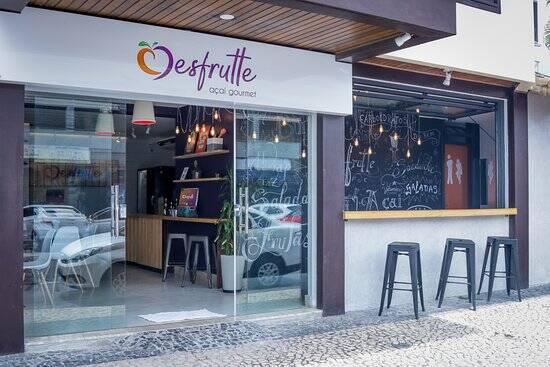 Restaurante Desfrutte oferece pratos, sanduíches e sobremesas com açaí. Foto: TripAdvisor