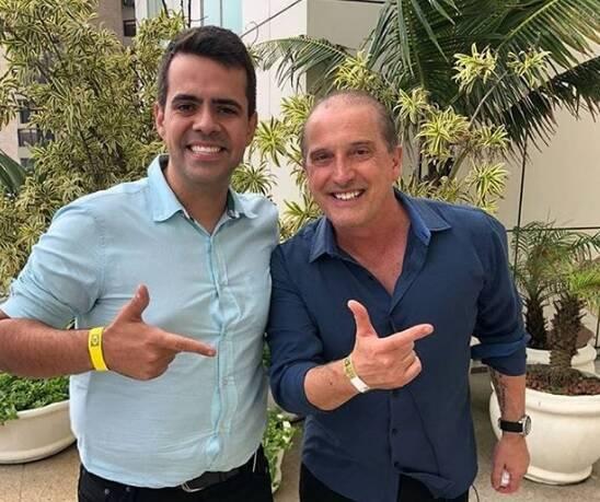 Vinicius Rodrigues com o ministro Onyx Lorenzoni. Foto: Reprodução/Instagram