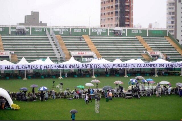 Preparação na Arena Condá desde as primeiras horas do dia. Foto: Twitter/Reprodução
