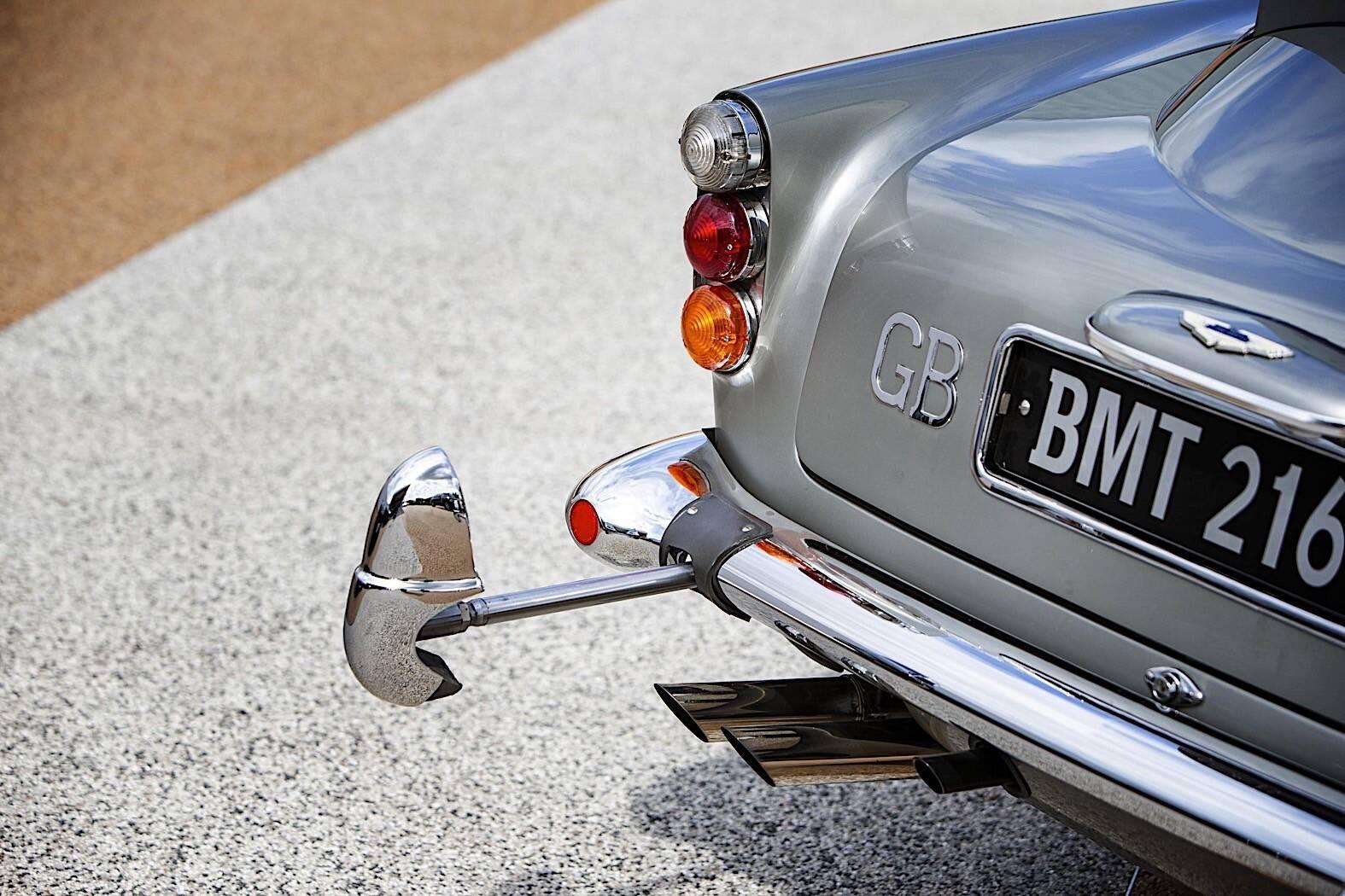 Aston Martin DB5 007 Thunderball. Foto: Divulgação