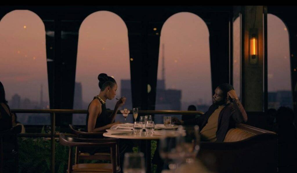 O restaurante Seen Restaurant & Bar está próximo da Avenida Paulista e oferece vista do alto da cidade. Foto: Reprodução