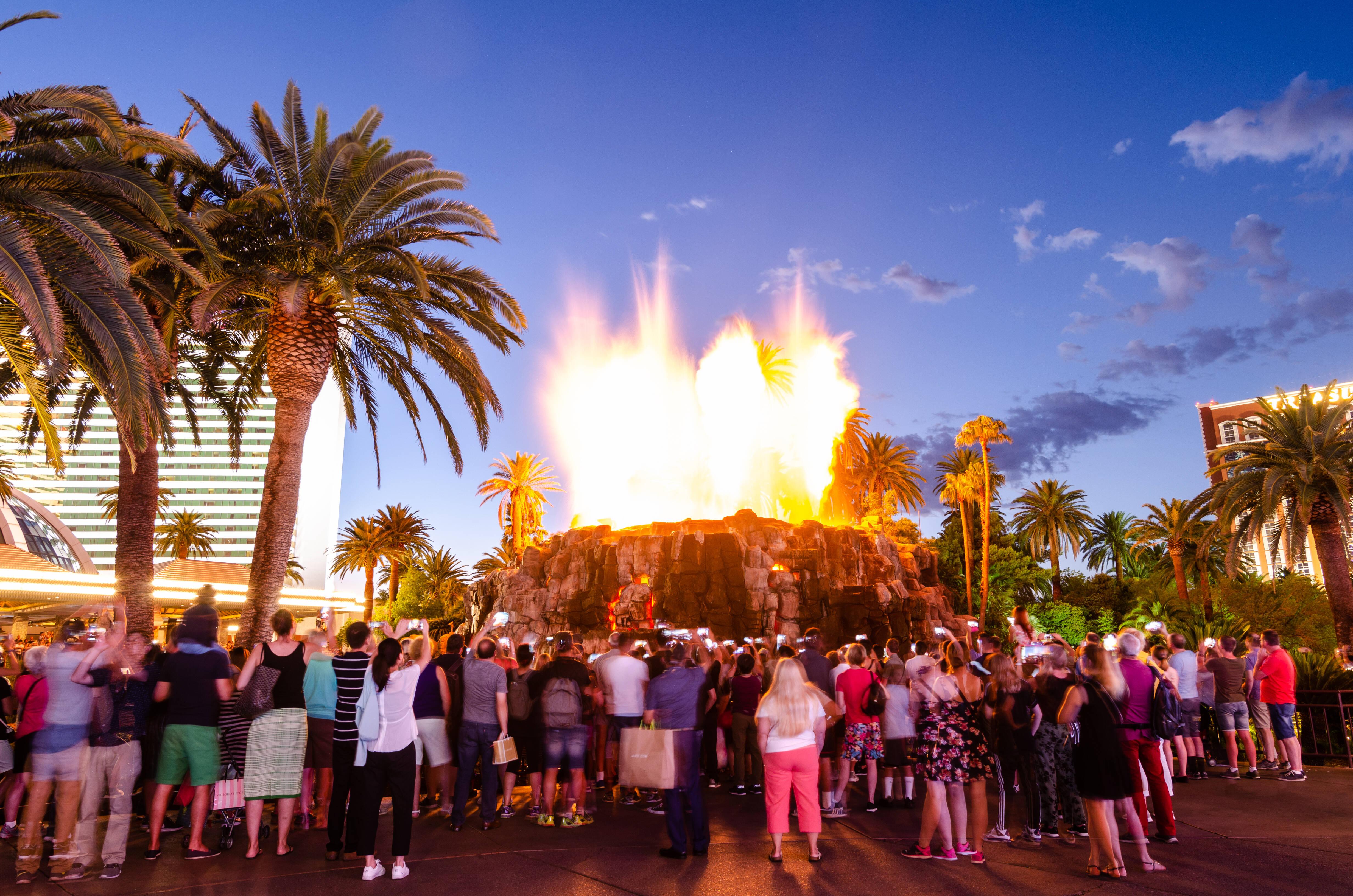 Coisas para fazer em Las Vegas de graça: o Volcano at The Mirage é uma ótima forma de encerrar seus dias em Sin City. Foto: shutterstock