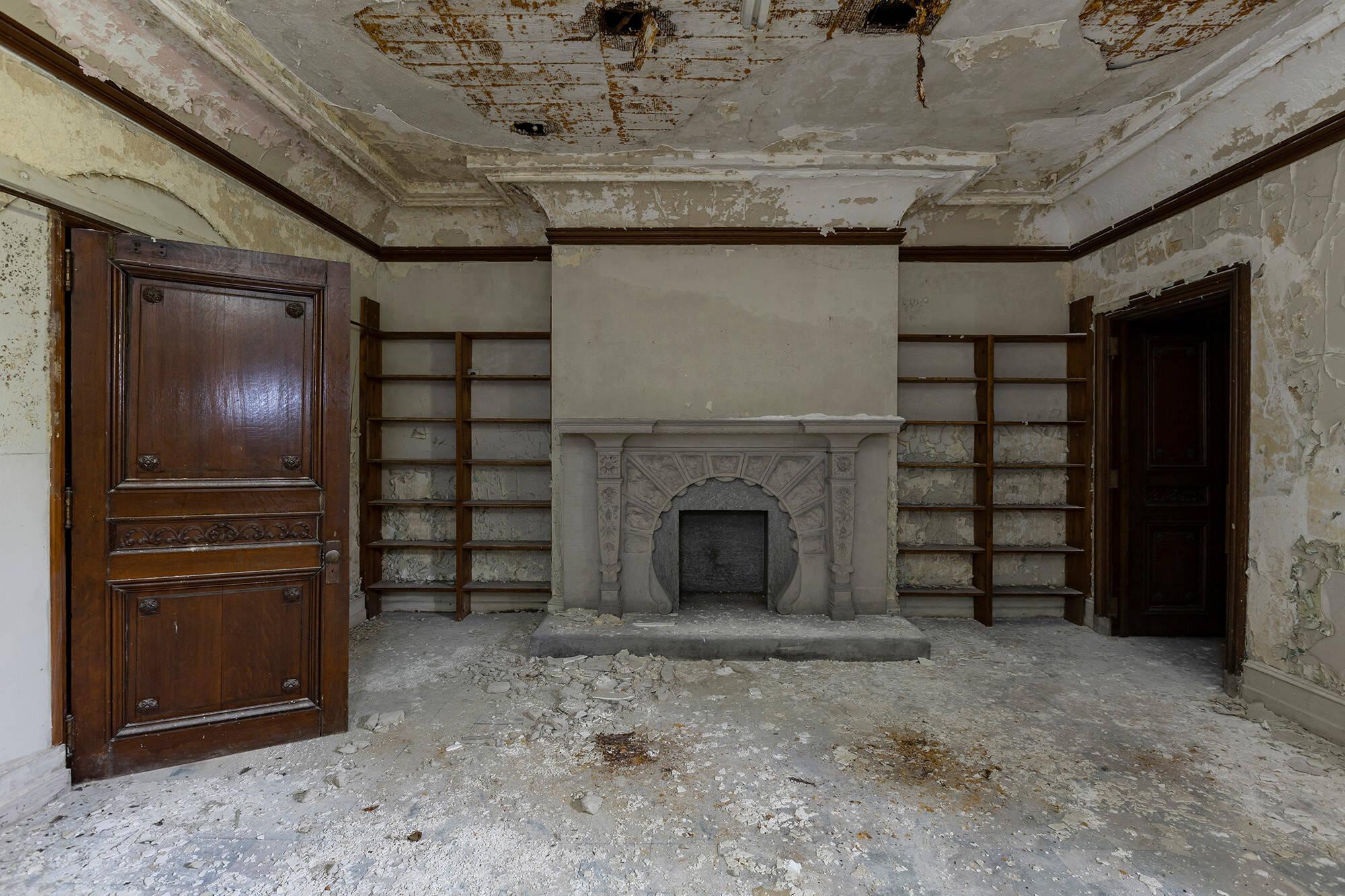 Sala. Foto: Reprodução/ Abandoned Southeast