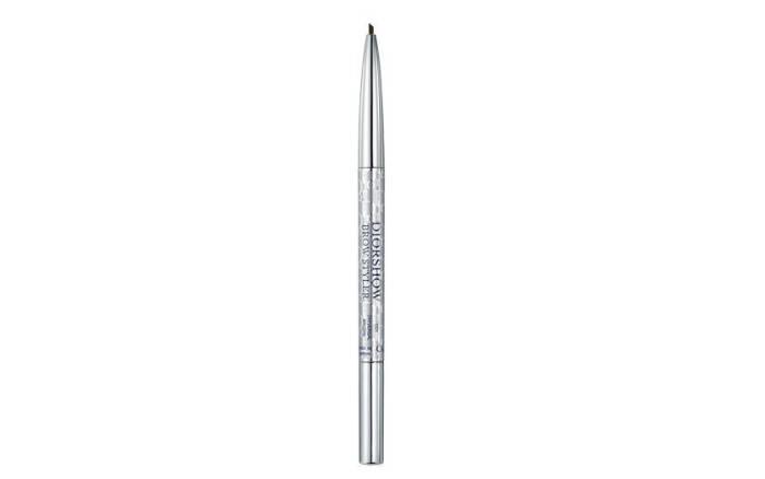 6. Lápis de Sobrancelha Diorshow Brow Styler, da Dior, por R$155,00. Foto: Divulgação