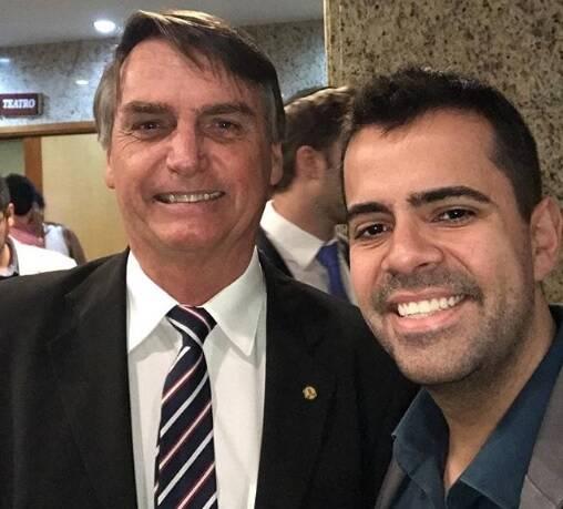 Vinicius Rodrigues com Jair Bolsonaro. Foto: Reprodução/Instagram
