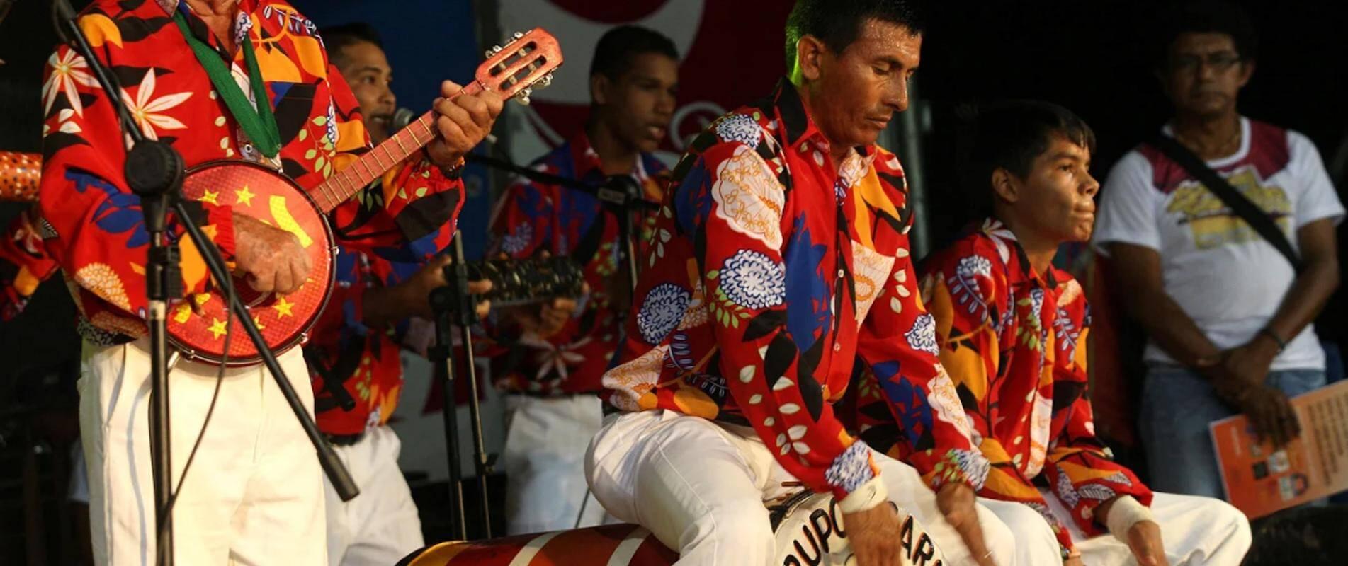 O Festival do Carimbó, que celebra as tradições Marapanim, é outra atração para quem estiver de passagem pelo Pará. Foto: Divulgação