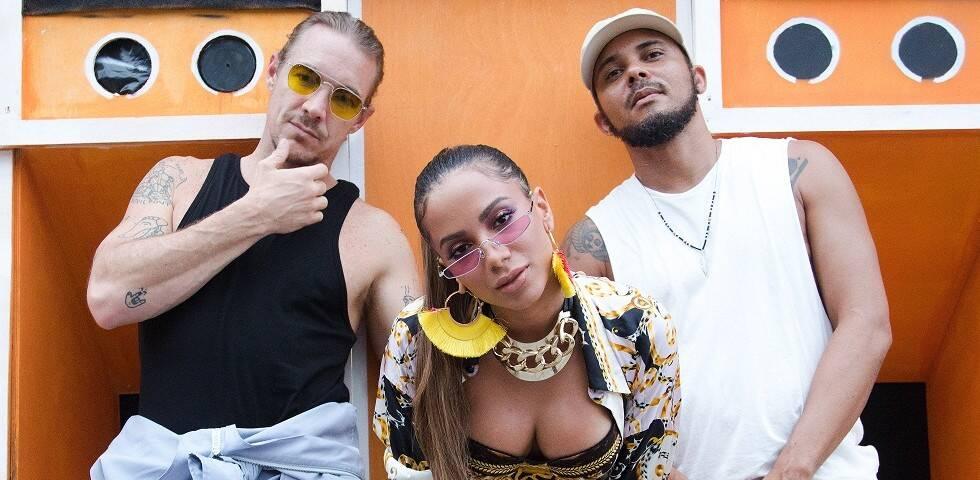 Ao lado de Major Lazer, Anitta lançou na quarta (26) a faixa Make It Hot. A música e o viceoclipe bombaram e a cantora foi elogiada pela imprensa internacional. Foto: Divulgação
