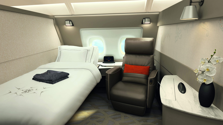 A suíte de primeira classe para uma pessoa só tem 4,6 m2 de área e vem com TV de 32 polegadas, poltrona e banheiro. Foto: Divulgação/Singapore Airlines