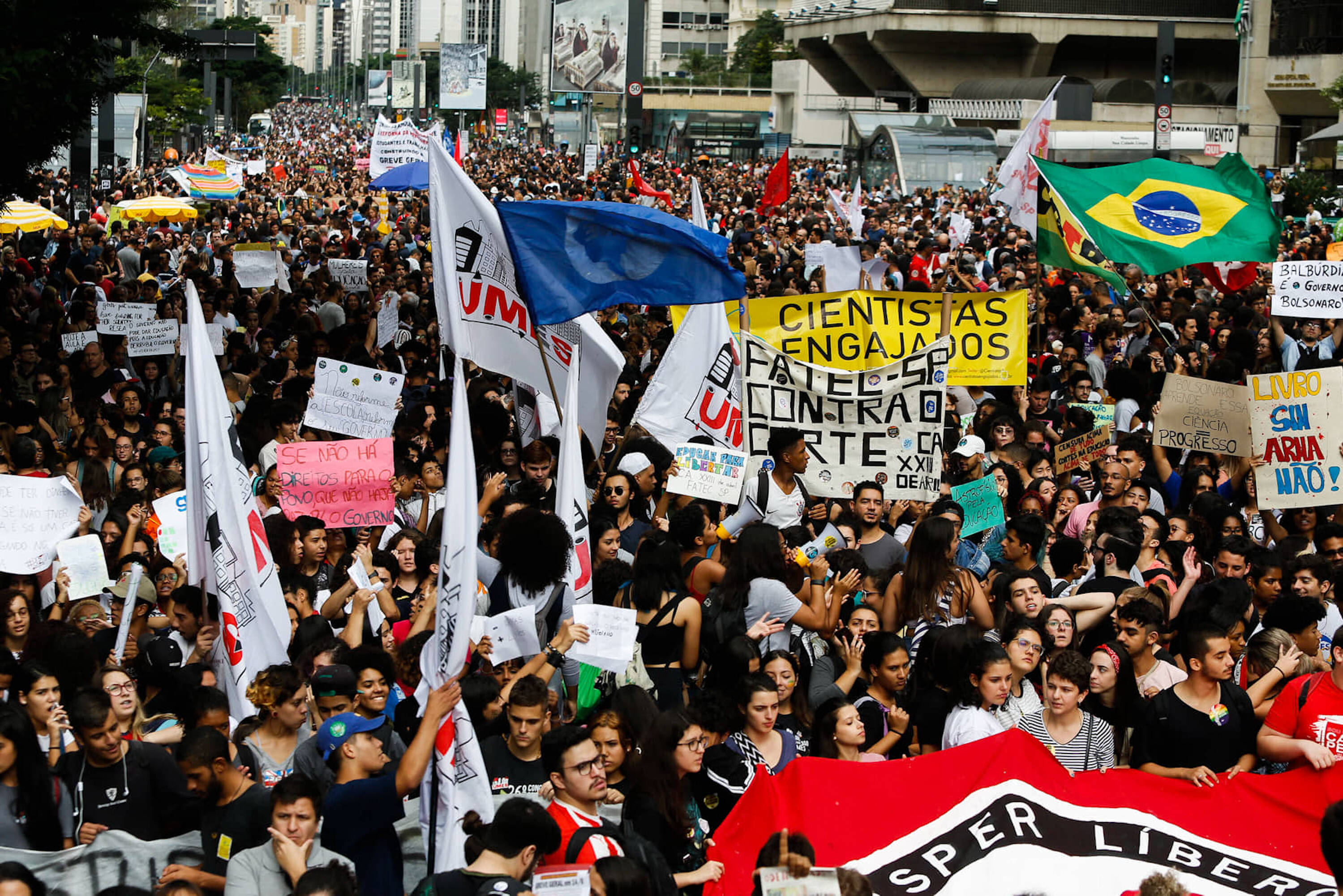 Protesto contra cortes na Educação em São Paulo. Foto: Carla Carniel/ Código19/ Agência O Globo