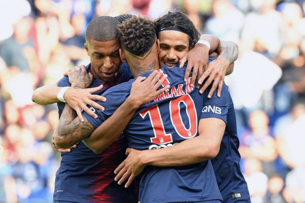Trio Neymar, Cavani e Mbappé, do PSG. Foto: Twitter/Reprodução