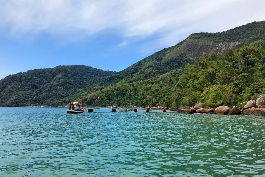 Região tranquila de Saco do Mamanguá, em Paraty, serviu de paraíso tropical privativo para Edward e Bella. Foto: Reprodução