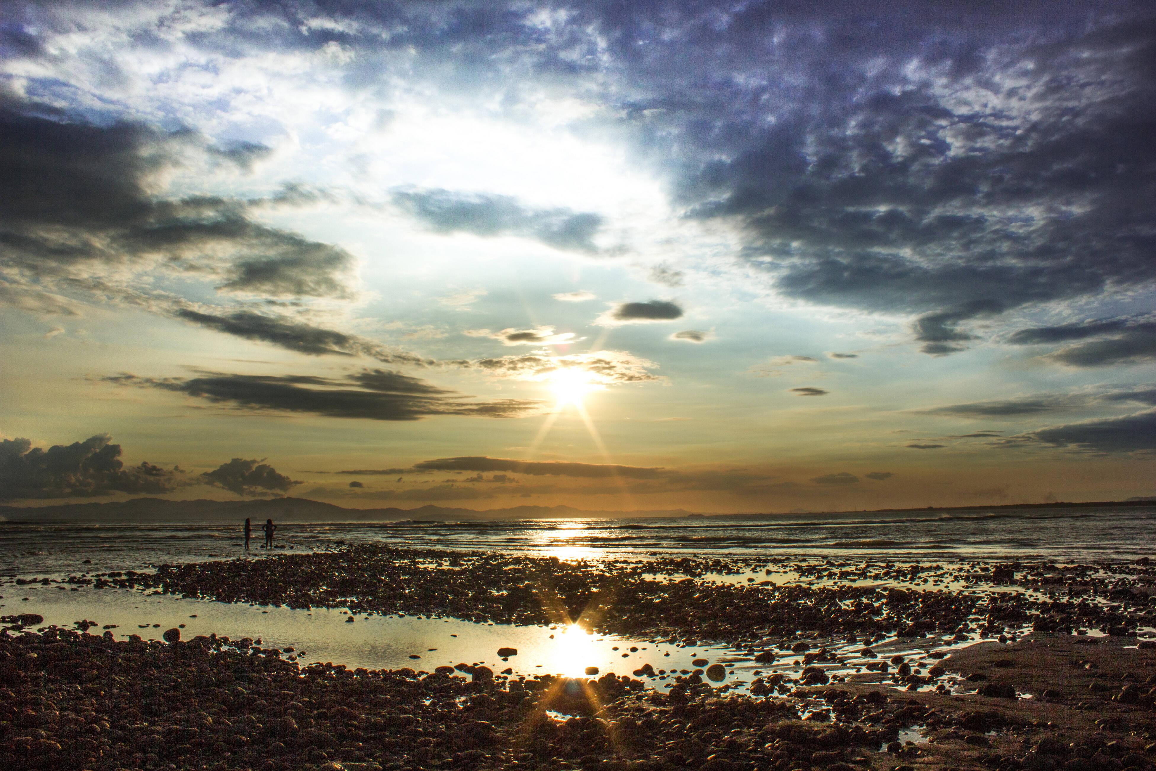 A praia de Boca Barranca é recomendada apenas para os surfistas mais experientes. Foto: shutterstock