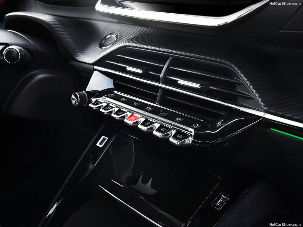 Peugeot 208 e-GT. Foto: Divulgação