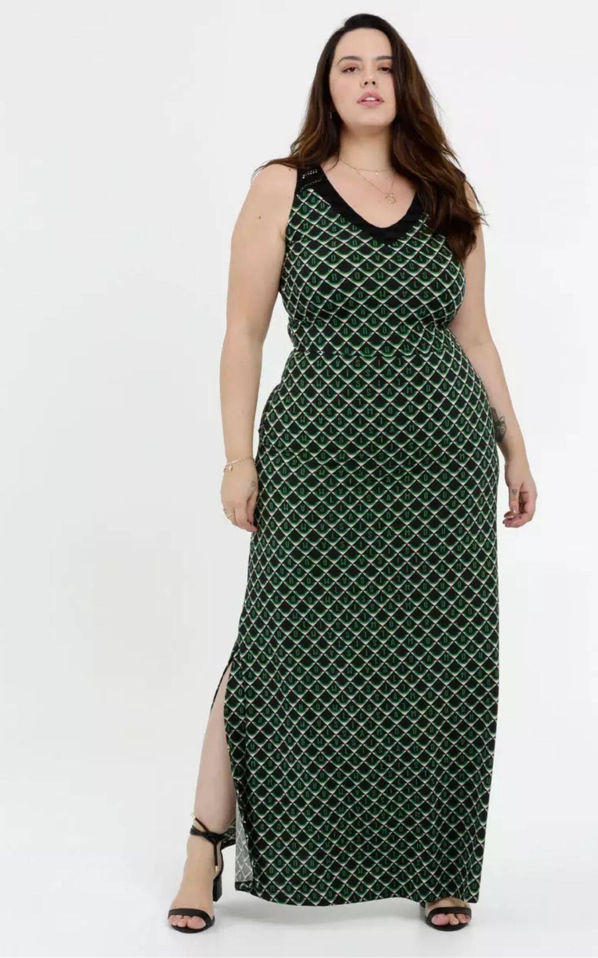 Vestido Feminino Longo Liganete Estampado Plus Size | Marisa | R$ 169,95. Foto: Divulgação