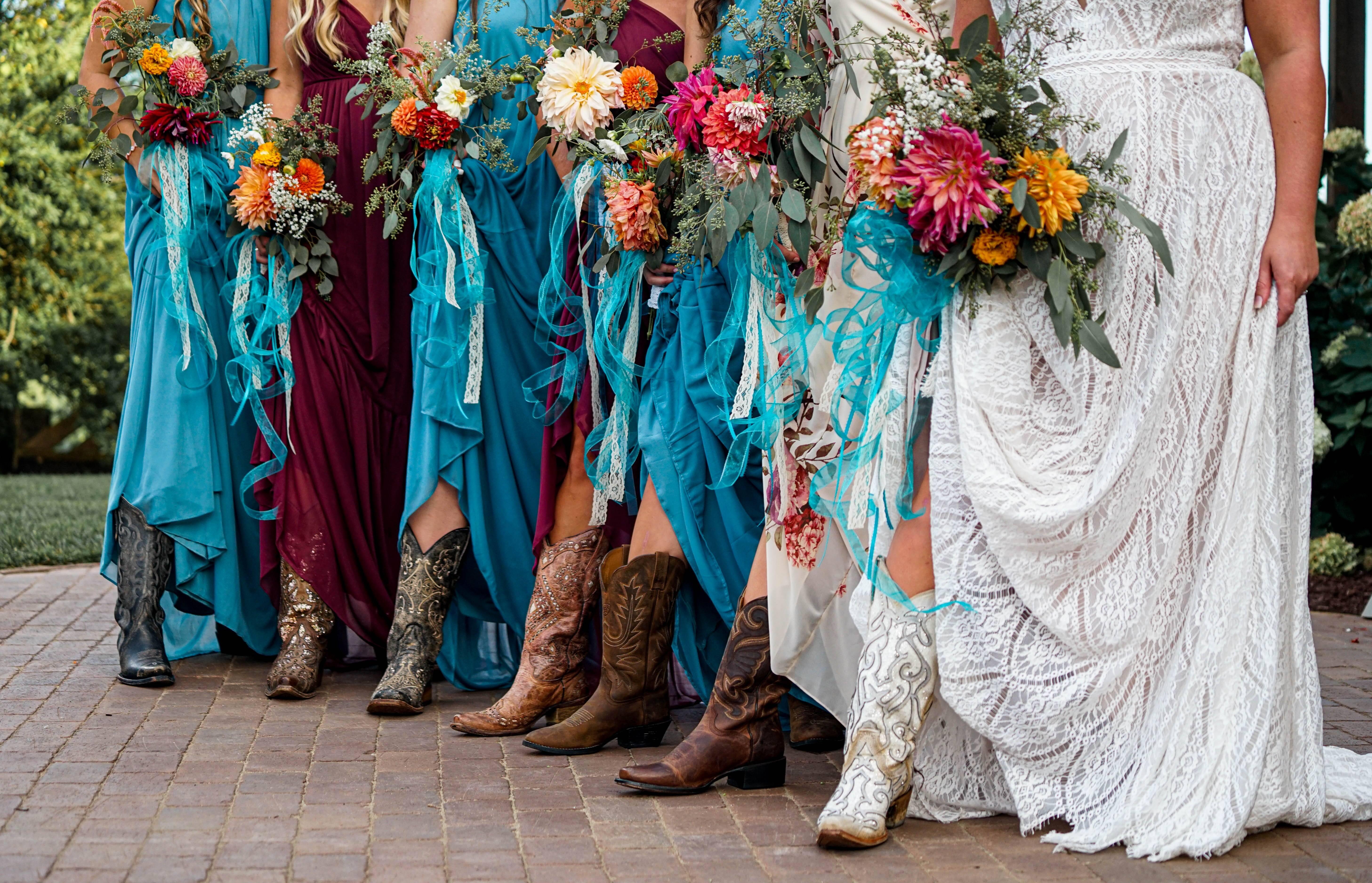 Coordenação de cores e calçados. Foto: Reprodução/Unsplash