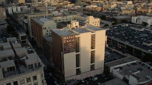 Cecil Hotel, em Los Angeles. Foto: Netflix