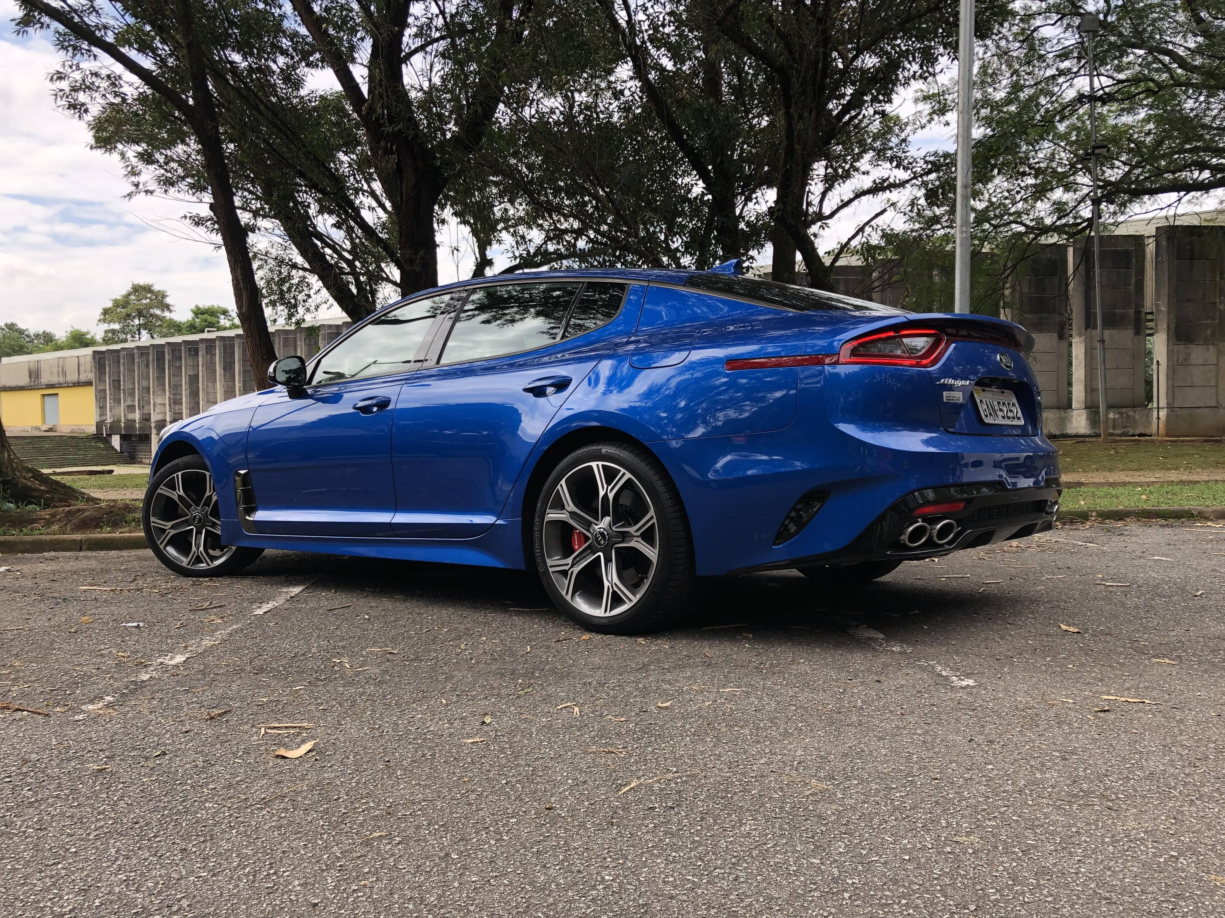Kia Stinger GT 2019. Foto: Divulgação