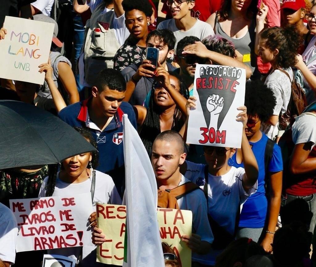 Protesto 30M contra os cortes na educação. Foto: Divulgação/UNE
