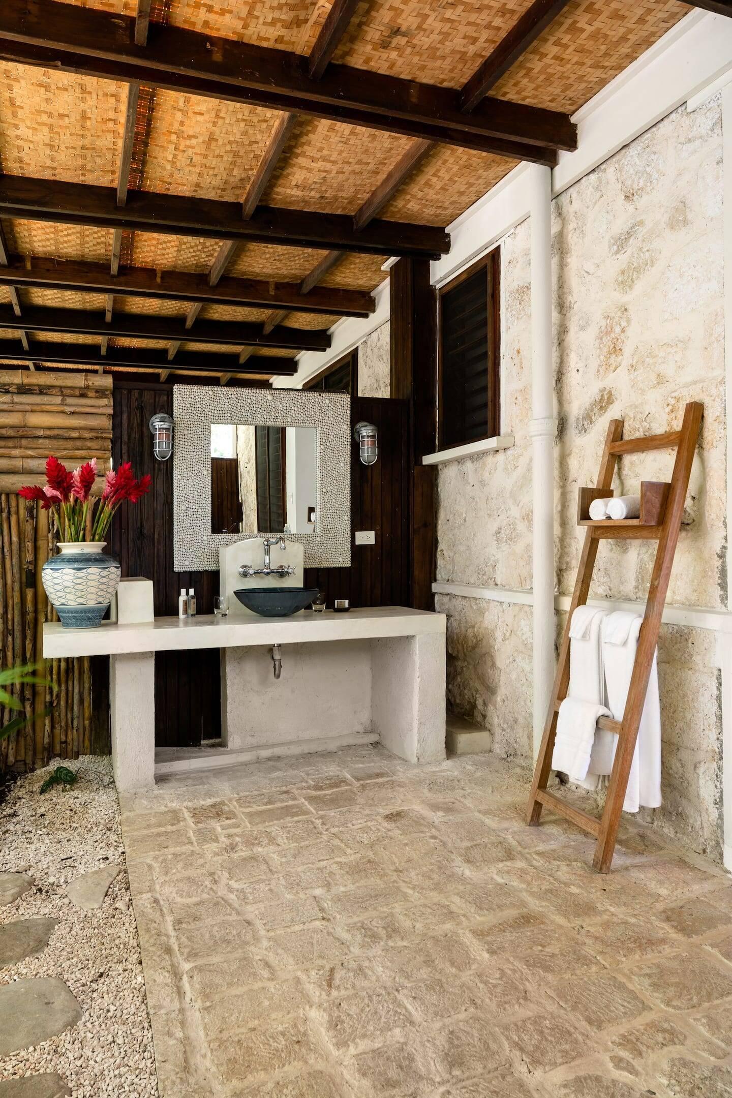 Esta villa é onde Ian Fleming escreveu a maioria dos romances de James Bond. Foto: Airbnb