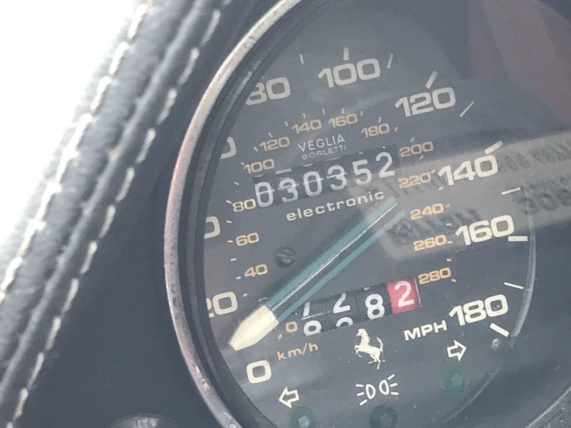 Coleção de Ferrari abandonadas. Foto: Divulgação