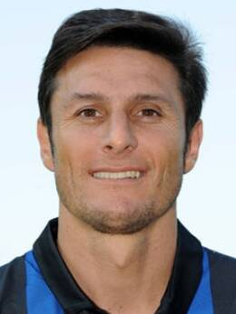 Javier zanetti masih belum mendapat lampu hijau dari para dokter di inter untuk bergabung dalam skuad asuhan walter