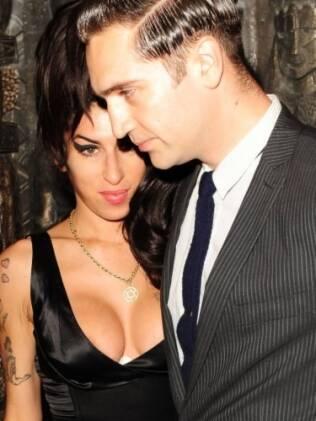 Amy Winehouse e Regis Traviss: rumo ao altar