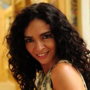Claudia Ohana será Siá Benvinda