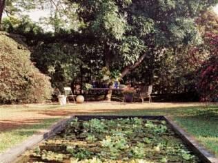 Jardim da Piscina, de Neiva Rozzotto. Ambiente projetado em 1994