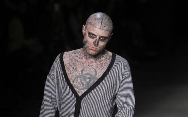 Rick Genest participa do Fashion Rio
