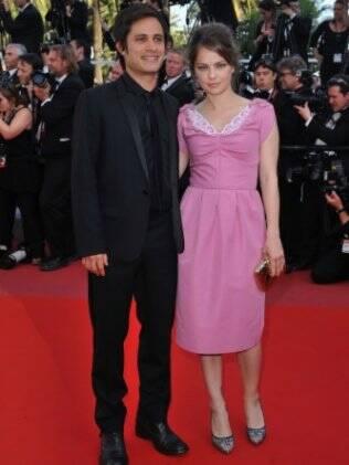 Gael García Bernal com a mulher, a atriz argentina Dolores Fonzi