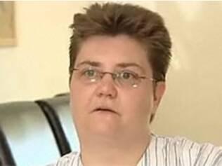 Sally Maguire não quer passar por quimioterapia ou falar à família sobre câncer