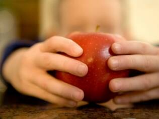 Boa alimentação: além de sono e exercícios regulares, comida é um dos pilares para manter uma criança saudável