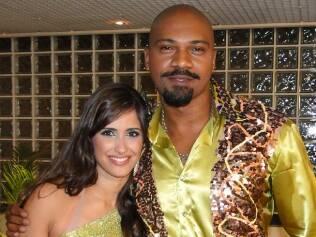 MV Bill e a dançarina Carol Vieira
