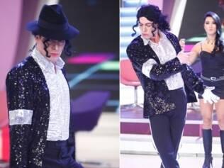 Em celebração ao primeiro ano das dancinhas, Rodrigo Faro homenageia Michael Jackson