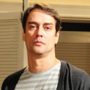 """O personagem de Marcello Anthony na novela """"Passione"""" revelou ter sido abusado por uma mulher na infância"""