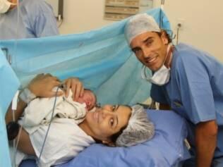 Leila e Emanuel: o pai estava jogando um dia antes do nascimento do pequeno Lukas