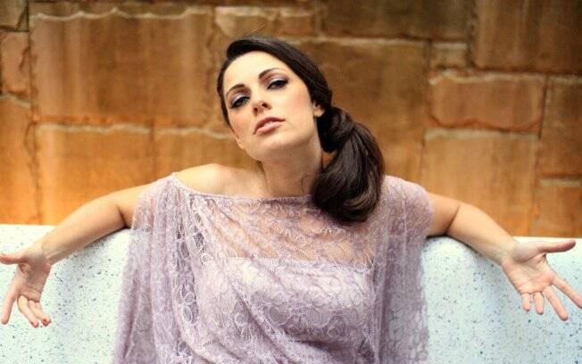 Para mim é mais fácil ficar nua na frente da Luciana (Vendramini)do que na frente de um ator