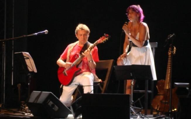 Andy Summers acompanhou Cris na música Roxanne, sucesso do The Police