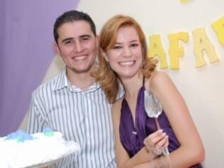 Agatha e Rafael fizeram comemoração intermediária: noivado para 60, casamento para 280