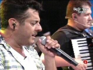 Bruno & Marrone cantam seus sucessos