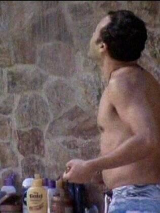 Daniel teve o banho interrompido pelo Sinal do Monstro