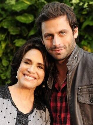 Regina Duarte e Henri Castelli em