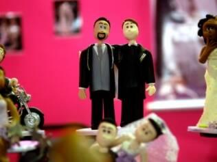 Noivinhos gays para o topo de bolo: decisão do Supremo abre o mercado