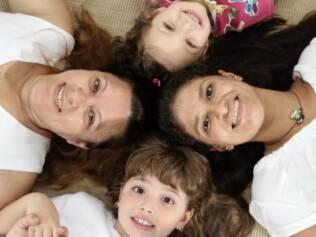 Vilma, a babá, e Paula, a mãe: equilíbrio na rotina familiar