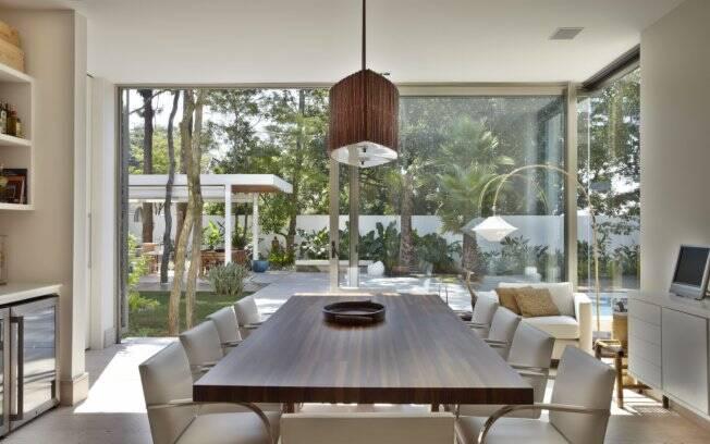 Casa aberta para o jardim arquitetura ig for O que significa dining room em portugues
