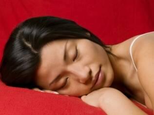 Dormir bem favorece a perda de gordura