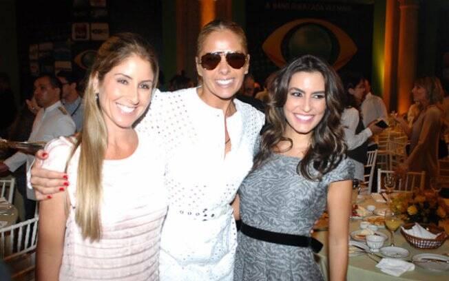 Adriane com as colegas de emissora Patrícia Maldonado e Ticiana Villas Boas