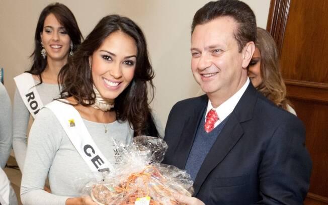 Gilberto Kassab com a Miss Ceará