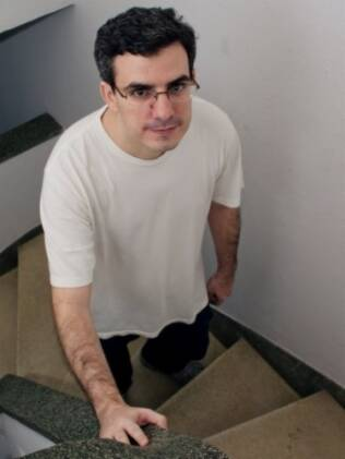 Ricardo Massaro nem sempre quer sair com amigos porque o convívio social requer esforço
